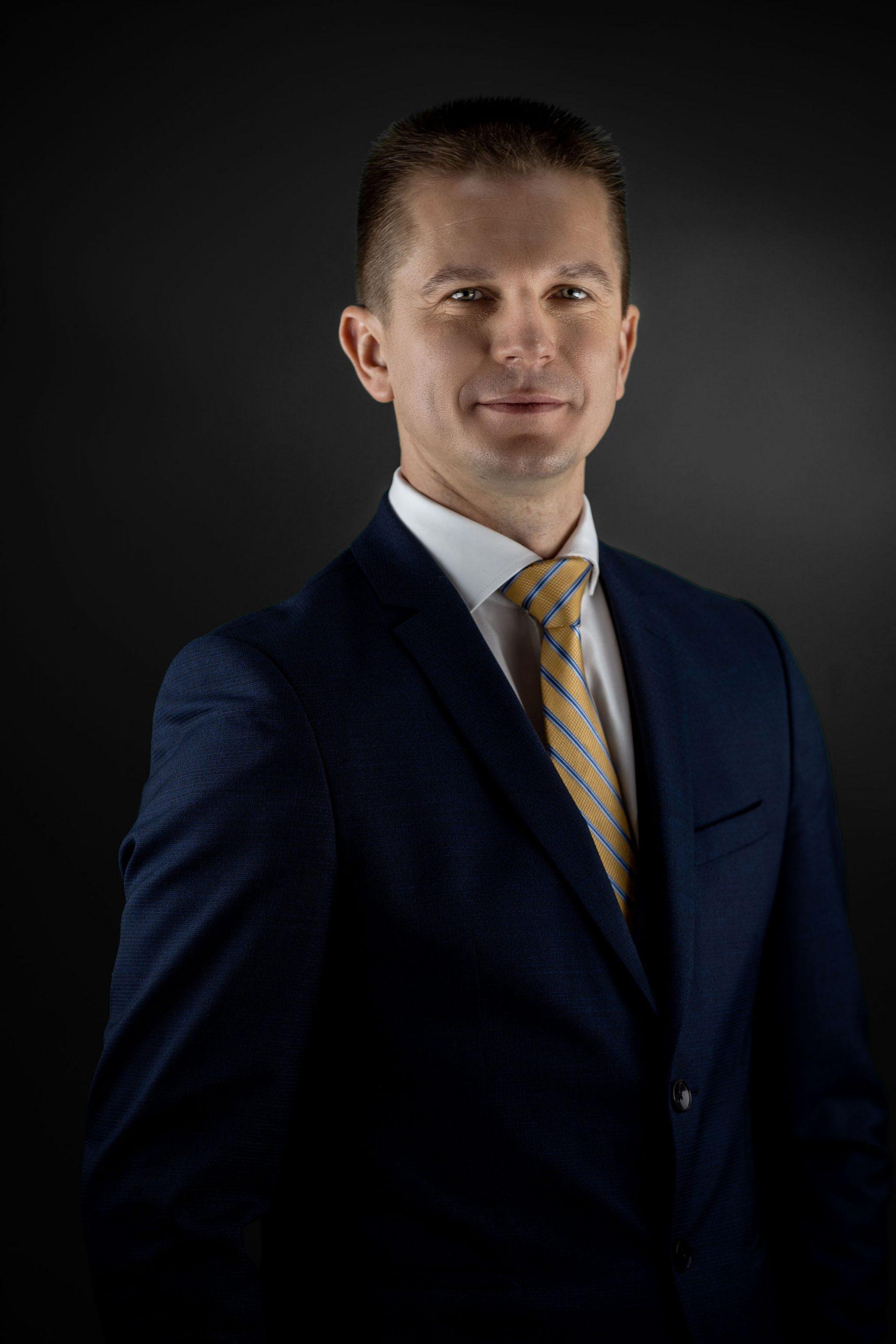Присяжный адвокат Edgars Atlācis