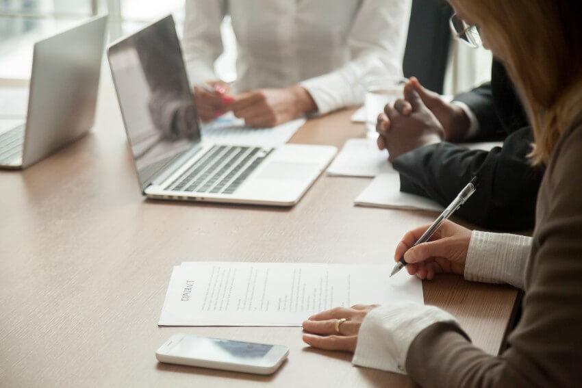 Prasība par darba devēja uzteikuma atzīšanu par spēkā neesošu
